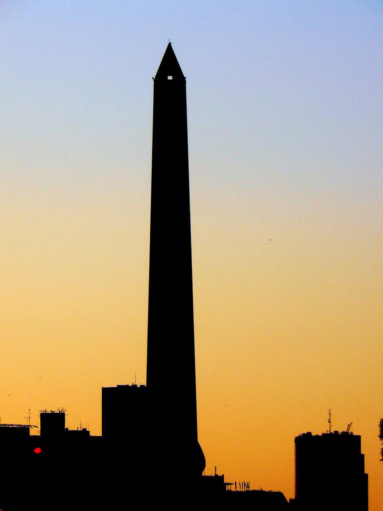 Obelisco_Leo Andrijic Cucera