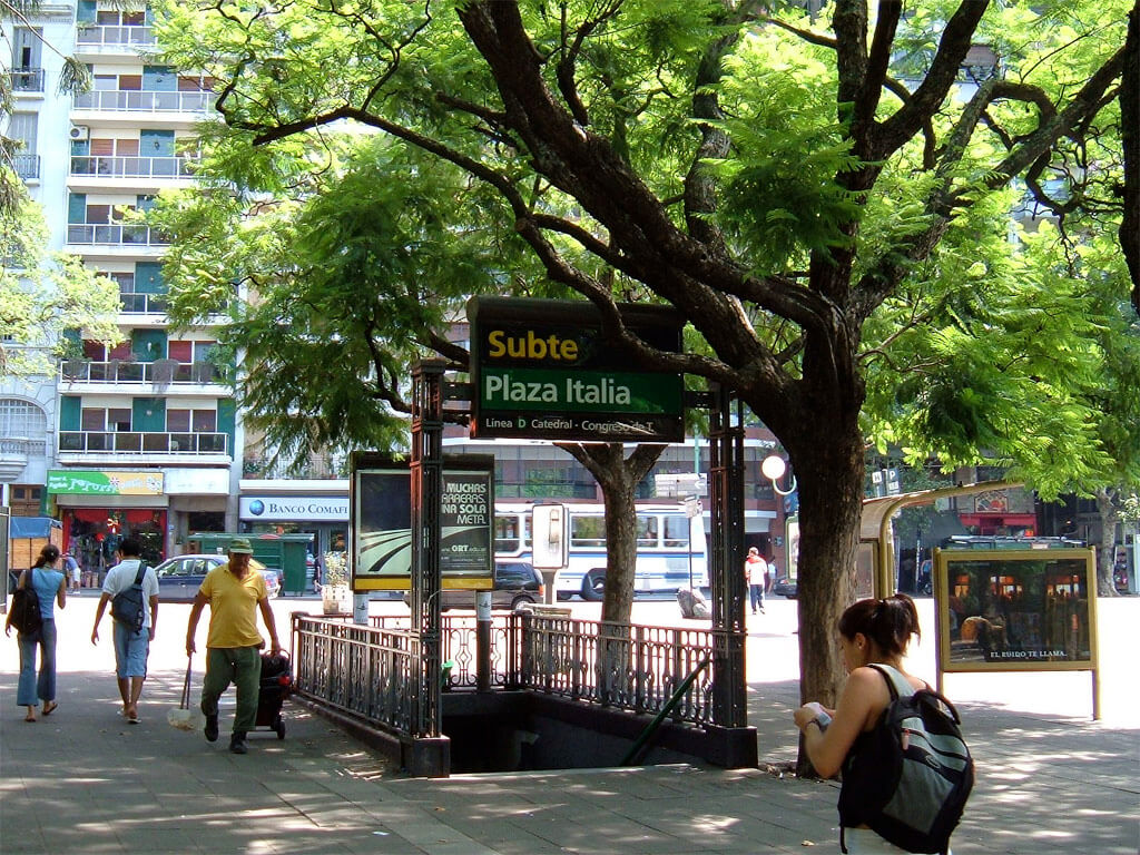 Avenida_Santa_Fe_Flickr_Diego_Torres_Silvestre_Plaza_Italia