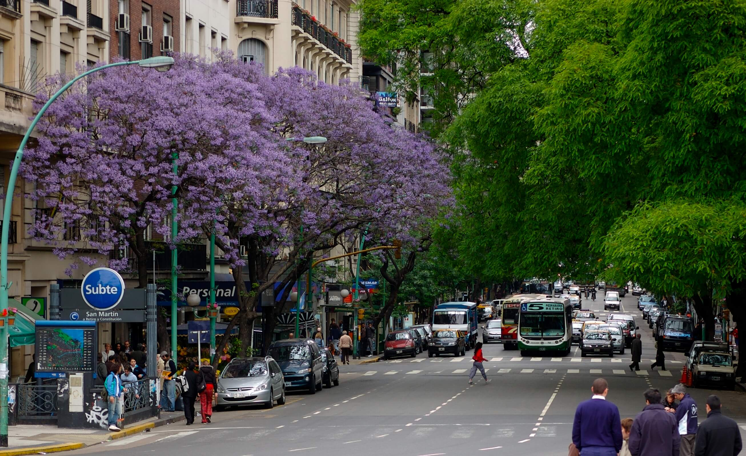 Avenida_Santa_Fe_Wikimedia_Flickr_Beatrice_murch