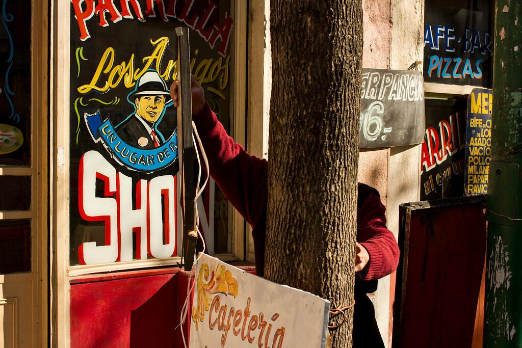 Carlos_Gardel_Flickr_Sam Verhaert_Parrilla_Los_Amigos