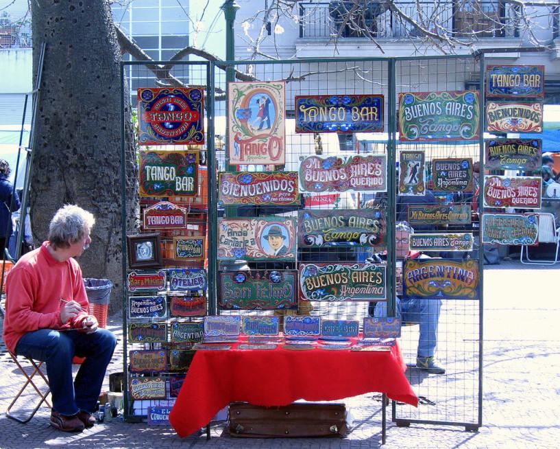 Onde comprar lembrancinha em Buenos Aires_feiras