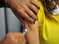 Aplicação de vacina na Argentina