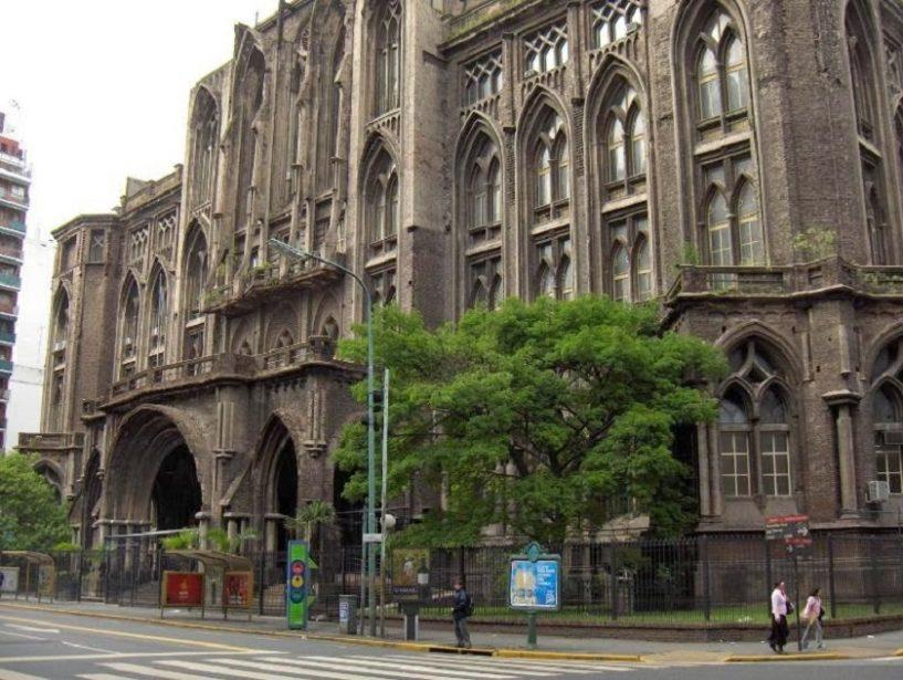 prédios-arquitetônicos-de-Buenos-Aires-Faculdade-de-Engenharia