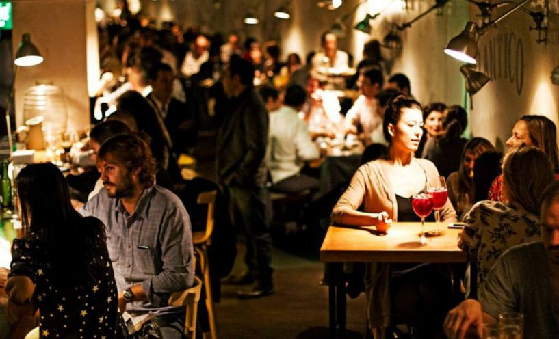 bares-escondidos-de-Buenos-Aires-floreríaatlântico01