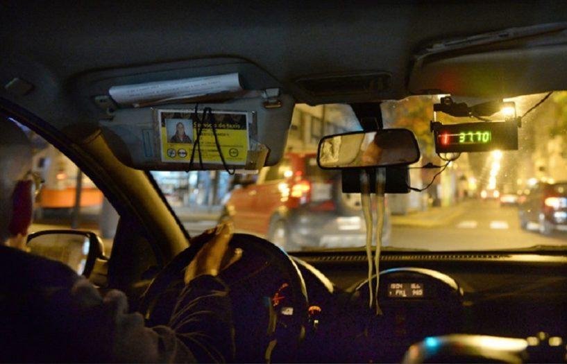 é seguro andar de táxi em Buenos Aires-interior