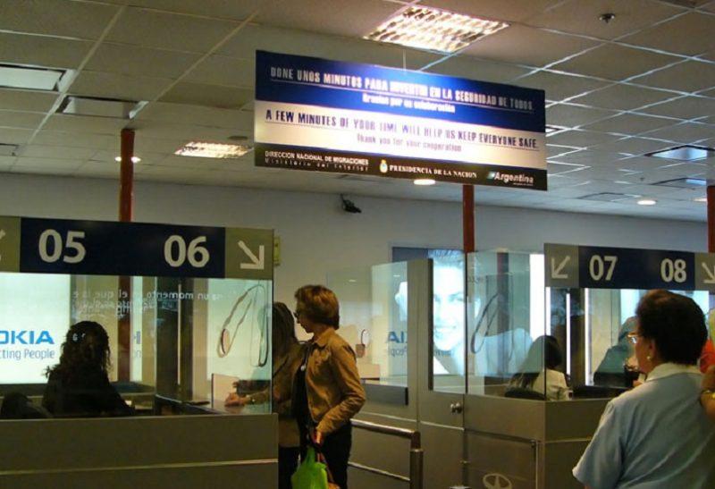 imigração-e-alfândega-em-Buenos-Aires-guichês