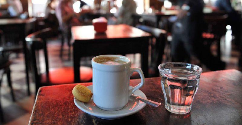 cafés-e-bares-24-horas-de-Buenos-Aires-Britânico