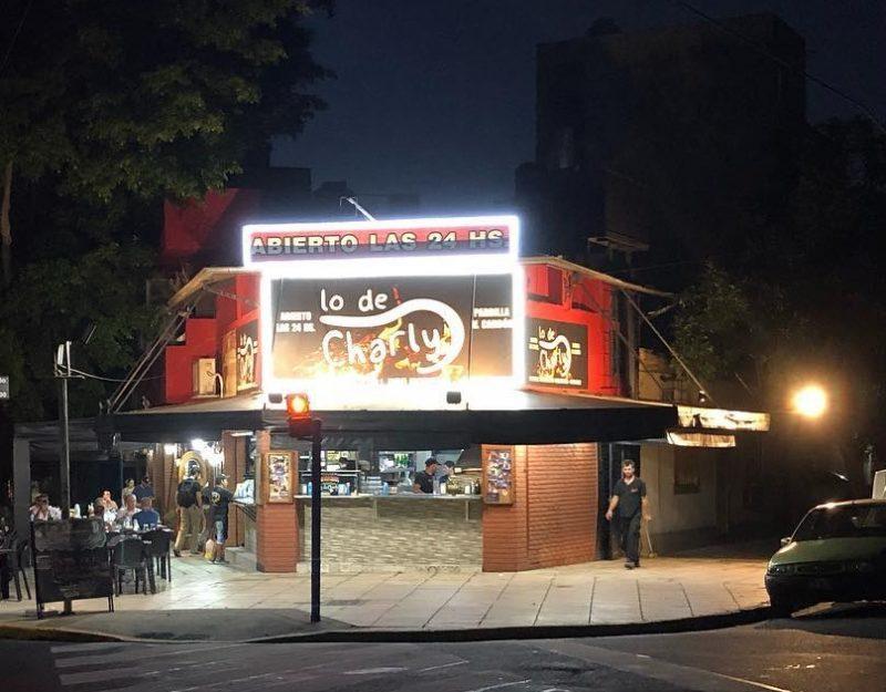 cafés-e-bares-24-horas-de-Buenos-Airesbar_lo-de-charly