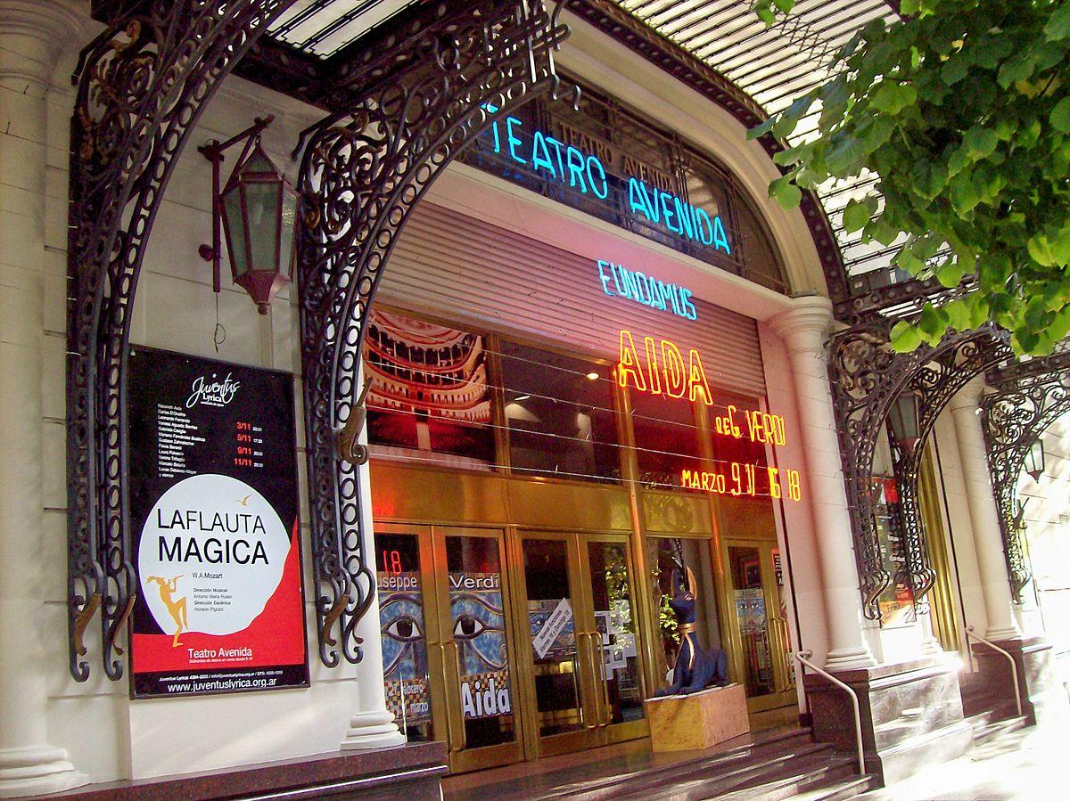 Avenida_de_Mayo_Teatro_Avenida